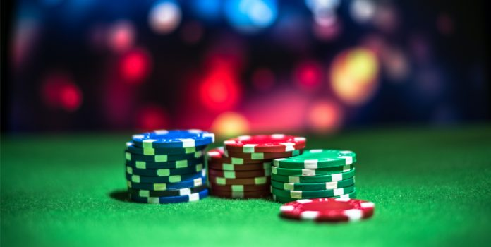 Benefits of Playing Online Casino